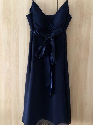 Leichtes elegantes Kleid