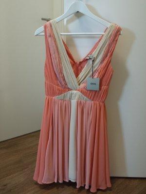 Leichtes, elegantes Kleid, in der Farbe peach, Hochzeitsgast, Partykleid