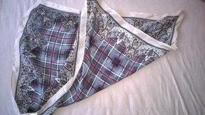 leichtes Halstuch aus Seide
