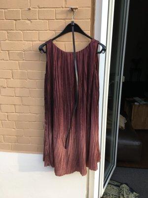 Leichtes Kleid fließend lila bordeaux rot Verlauf Seide Abschlussfeier Cocktail Party schick plicee