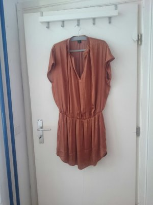 leichtes Kleid für den Sommer