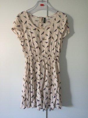 Leichtes Kleid in Nude mit Vogelmotiv