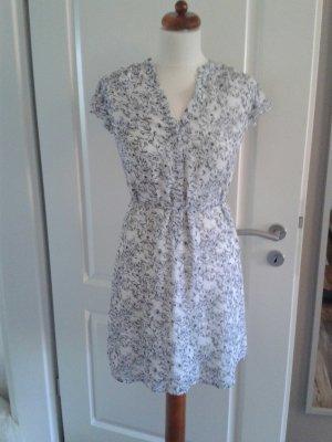 Leichtes Kleid mit Blumenprint