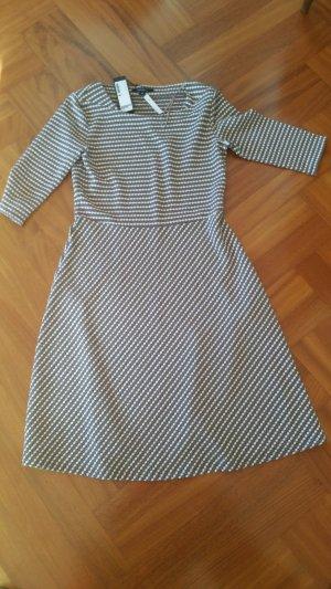 leichtes Kleid (NEU mit Etikett) von Comma