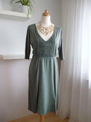 Leichtes Kleid von Noa Noa mit V-Ausschnitt, Gr. S