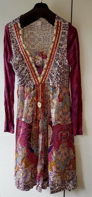 leichtes, langärmliges Kleid