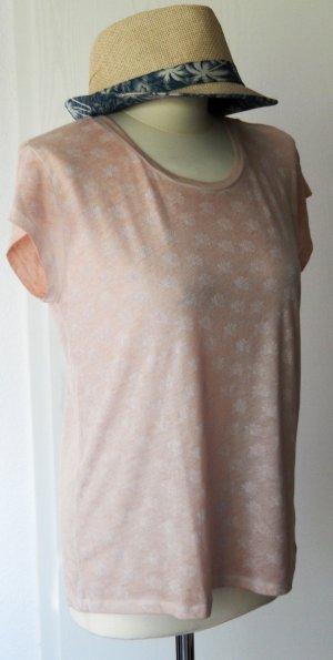 Leichtes rosafarbenes T-Shirt