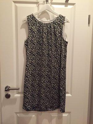 Leichtes Sommer Kleid mit Muster schwarz/weiß