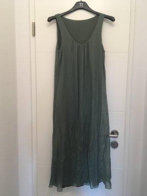 Leichtes Sommerkleid aus Seide von der Firma iSilk.