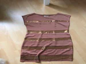 Leichtes sommerlicher kurzes Kleid