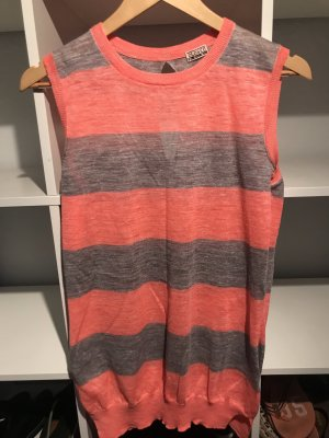 Closed Knitted Top grey-bright red