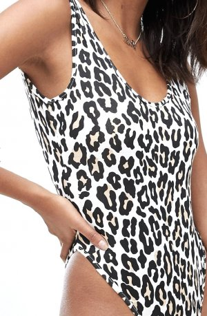 Leo look ❤️ Stylischer Leoprint-Body von BOOHOO in Gr. 36 - neu!