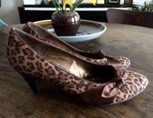 Leo Pumps Absatzschuhe Schleife Schuhe Heels Animalprint Graceland Retro