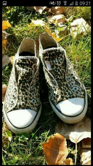 Leochucks für kleine Füße