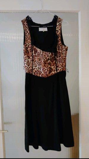Leoparden Dirndl