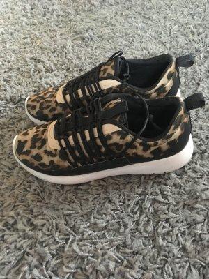 Leoparden Sneaker mit super bequemer Sohle
