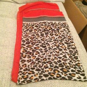 Leoparden Tuch mit rotem Rand
