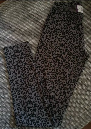 Leopardenleggings designt von André Borchers
