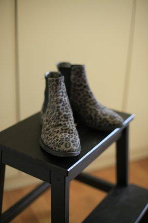 Leoprint Wildleder Chelsea Boots
