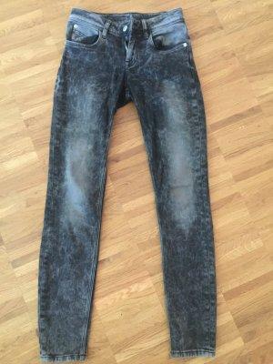 Les Petites Jeans- zaubert nen Knackpo