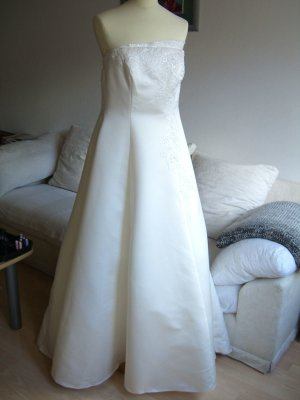 Wedding Dress natural white polyester