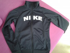Letzte Reduzierung/Nike Trainingsjacke Gr. S/ schwarz