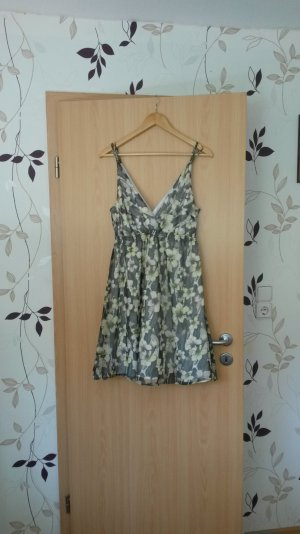 !!!Letzte Reduzierung!!!Süßes luftiges Sommerkleid von Vero Moda Größe L