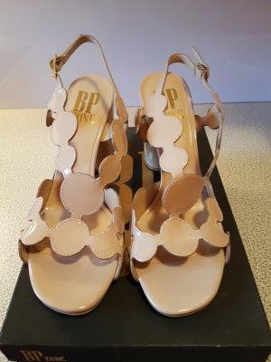 letzter Preis # aus dem exklusivsten Schuhgeschäft Venedigs # Ledersandalen mit Kreisen in taupe# Grösse D 40 - D 41