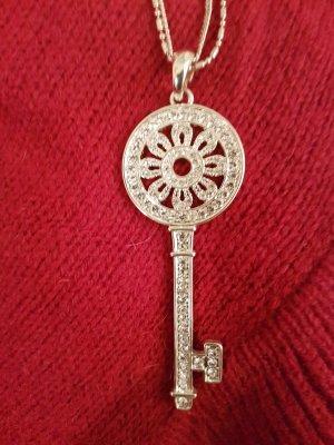 letzter Preis #liebevoll gestaltete, feine doppelte Kette mit einem Schlüssel als Anhänger