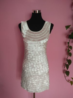 *Letzter Preis* Minikleid mit Aufnähern in weiß/creme (K2)