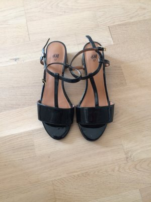 H&M Strapped High-Heeled Sandals black imitation leather