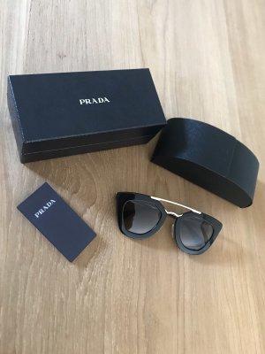 Letzter Preis / Sonnenbrille von Prada im sehr guten Zustand