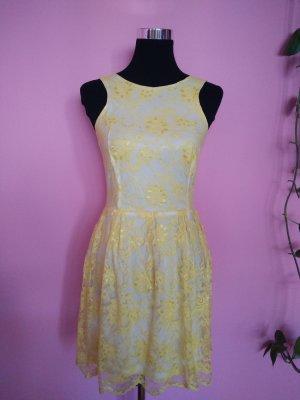 *Letzter Preis* Spitzenkleid in weiß/gelb (K1)