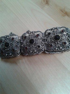 Letzter Preis! Trachtenarmband 835 Silber Ornamentik mit Granatbesatz