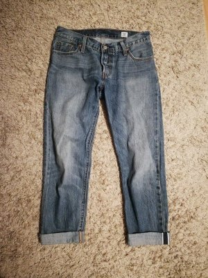 Levi's 501 CT Mom-Jeans in 25x32