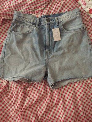 Levi's Barrel Shorts