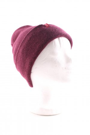 Levi's Beanie red casual look