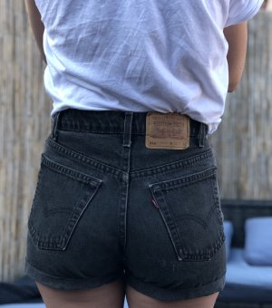 Levi's High Waist Shorts S/M