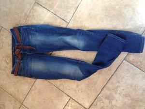 Levi's Jeans curve :)
