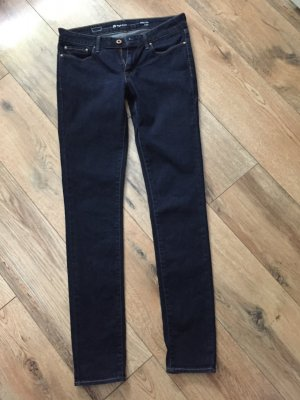 Levi's Jeans Curve ID