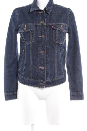 Levi's Jeansjacke dunkelblau Street-Fashion-Look