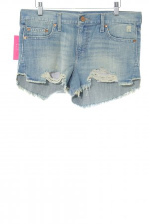 Levi's Denim Shorts blue street-fashion look