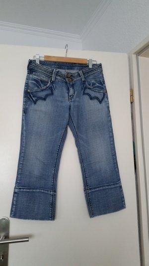 levis jeans 3/4 lang top