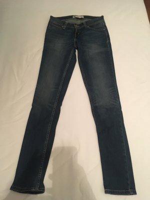 Levis Jeans Demi curve low rise skinny W26 L32