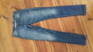 "Levis Jeans ""Demi Curve Skinny"" 26×36"