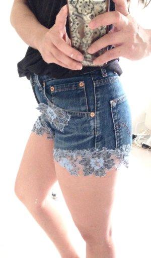 Levis Jeans Short mit Spitze decor