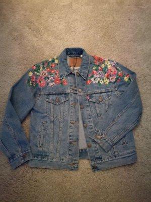 verschiedenes Design Sonderteil UK-Shop Levis Jeansjacke Blumen