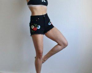 Levis Shorts 501 High Waist mit Blumen Stickerei und Fransen W25 XS 34