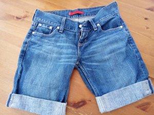 Levis, Shorts