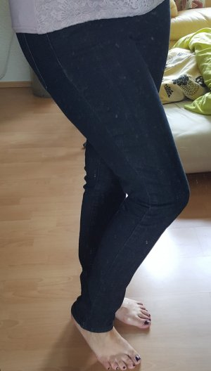 Levis Skinny Jeans 30/32
